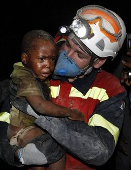 Child rescued in haiti